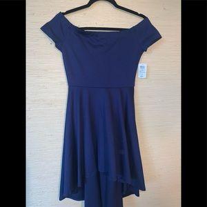 New! Windsor Off The Shoulder Knee Length Dress.